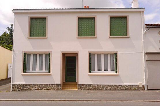 Ravalement de façade par Jade Colors, peintre décorateur à Saint Sulpice le Verdon